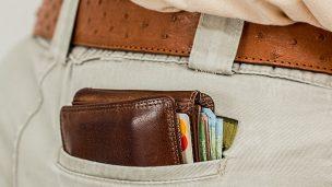 Lommebok i baklomme